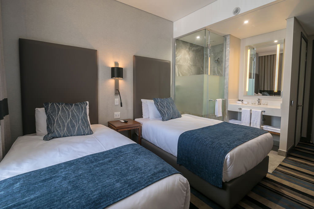 Standard Twin Room | Mayfair Hotel