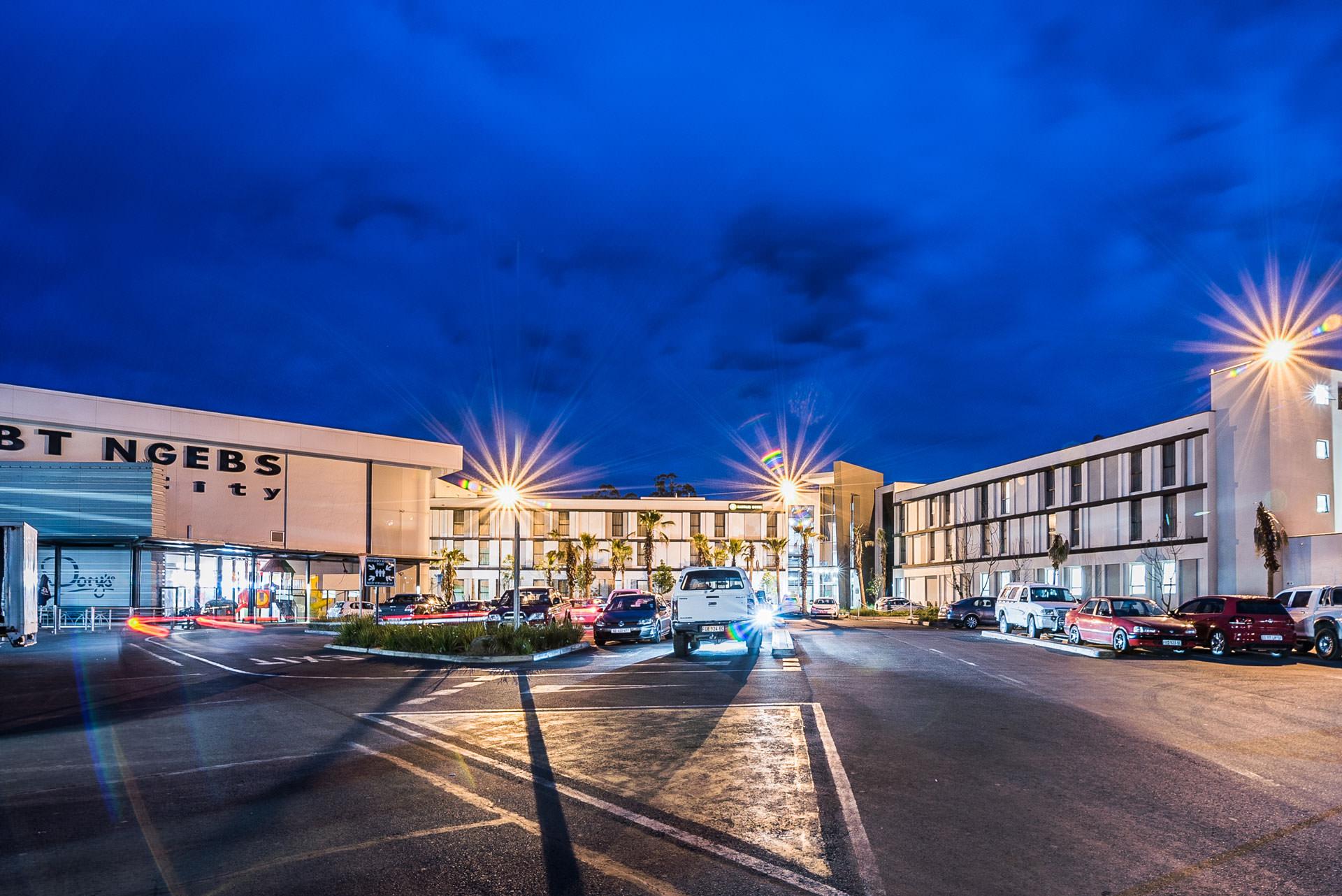 BT Ngebs City | Mayfair Hotel